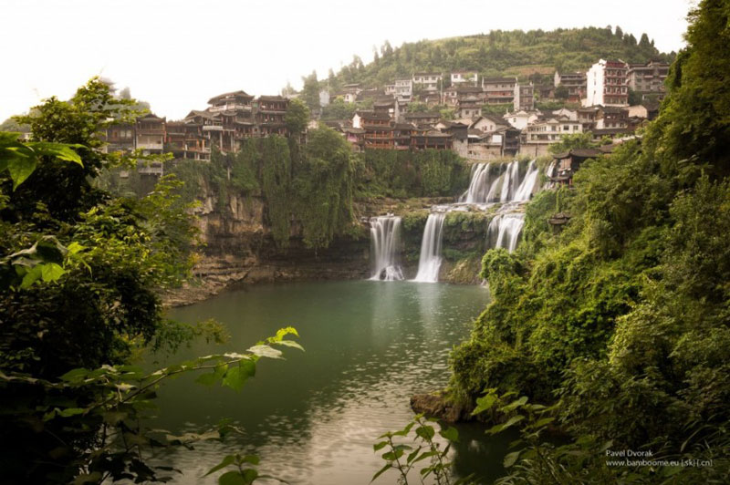 waterfall city china furong zhen town hibiscus town wang village 4 This Waterfall City in China Looks Straight Out of a Fantasy Film