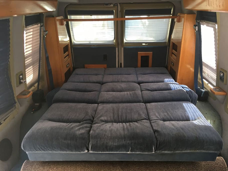 airbnb van new york soho 5 If Youre Going to New York You Can Rent This Van in Soho on Airbnb