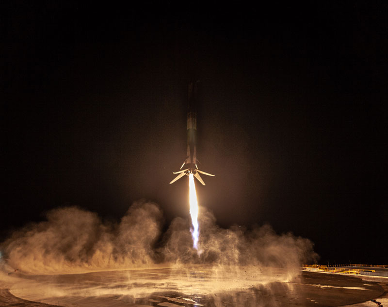 best photos vids and timelapses from spacex launch over la 14 The Best Photos, Videos, and Timelapses from SpaceXs Launch Over LA