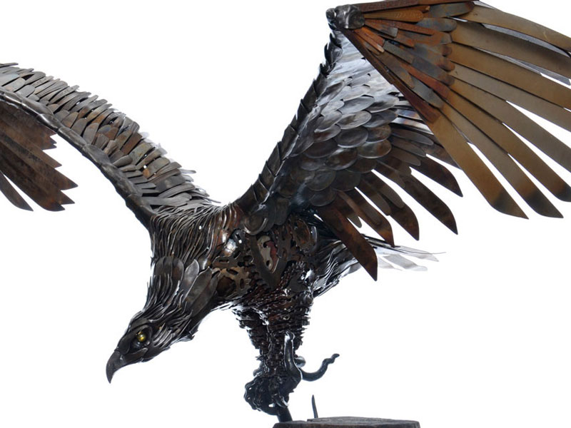 metal animal sculptures by alan williams 4 Alan Williams Recycles Discarded Metal Into Awesome Animal Sculptures