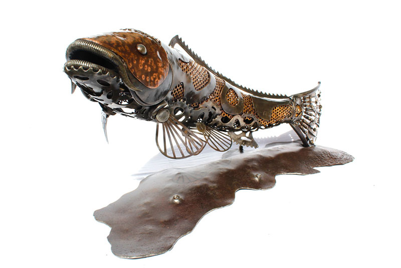 metal animal sculptures by alan williams 9 Alan Williams Recycles Discarded Metal Into Awesome Animal Sculptures