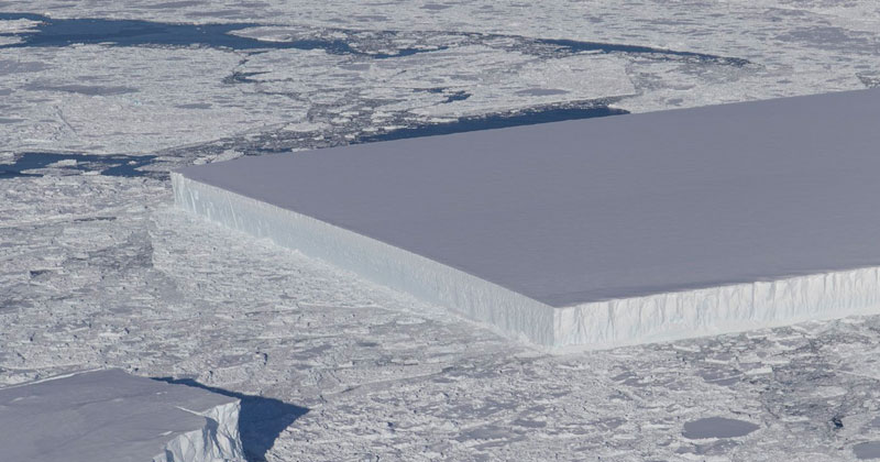 NASA Scientists Find Perfectly Rectangular Iceberg in Antarctica
