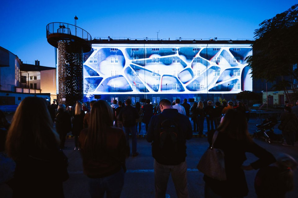 signal2018 duc5a1an vondra a6a0140 facebook Theres an Annual Light Festival in Prague and It Looks Amazing