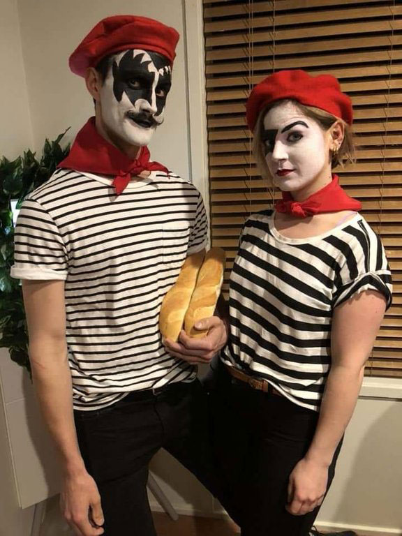 funny halloween costume 2 17 Halloween Costumes That Will Make Your Day