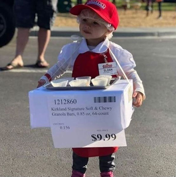 funny halloween costume 3 17 Halloween Costumes That Will Make Your Day