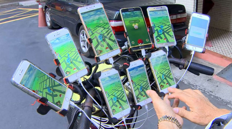 uncle pokemon the 70 year old gamer that plays pokemon go on 11 phones 9 Uncle Pokemon, the 70 Year Old Gamer That Plays Pokemon Go On 11 Phones