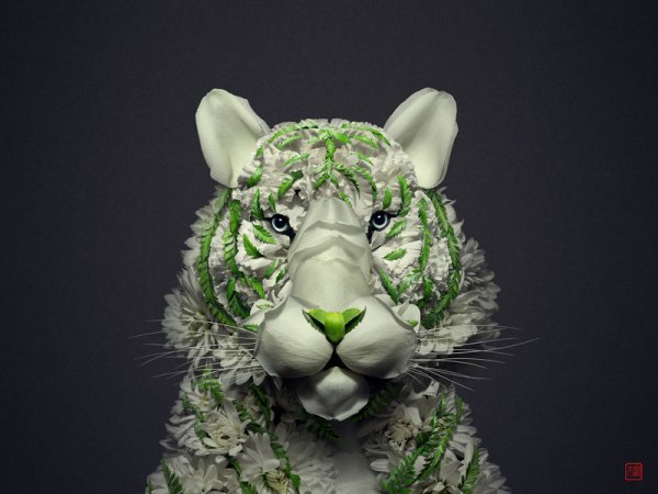 animal portraits made from flowers raku inoue 1 When Kingdoms Collide: Animal Portraits Made from Floral Arrangements
