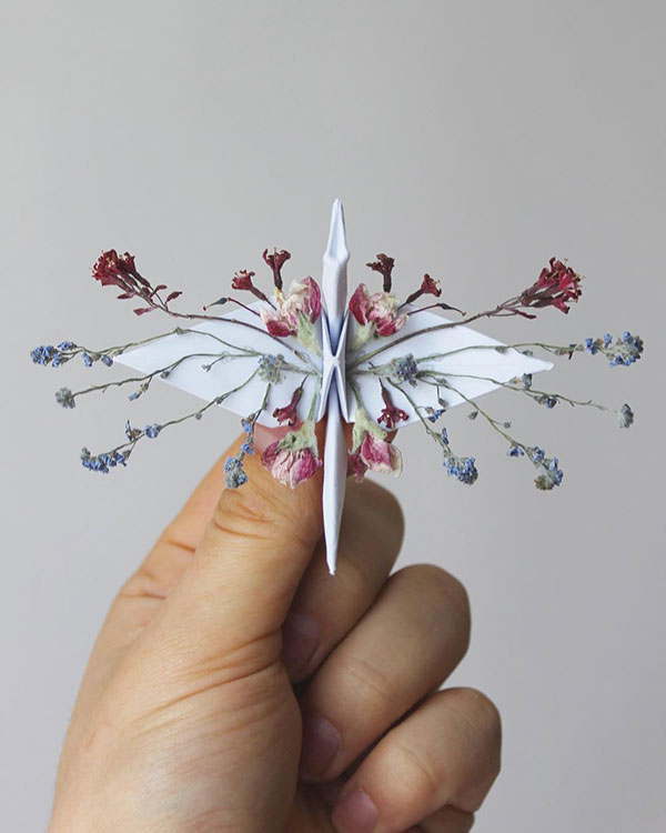 paper crane decorations by cristian marianciuc 9 Paper Artist Folds Cranes and Then Gives Them Intricate Decorations