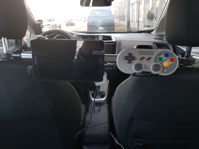 uber driver puts in gaming console for riders 6 Best Uber Ever? Driver Installs Gaming Console for Riders