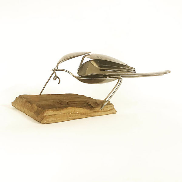 utensil birds by matt wilson airtight artwork16 Matt Wilson Upcycles Old Utensils Into Beautiful Birds (23 Photos)