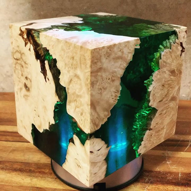 burl and resin sculptures by scott huebner 16 Beautiful Geometric Sculptures Cast From Burls Fused to Resin