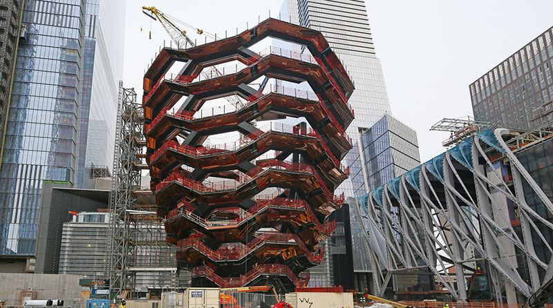 endless staircase in new york hudson yards vessel heatherwick 15 New Yorks Touristy New Public Space is a Giant Endless Staircase