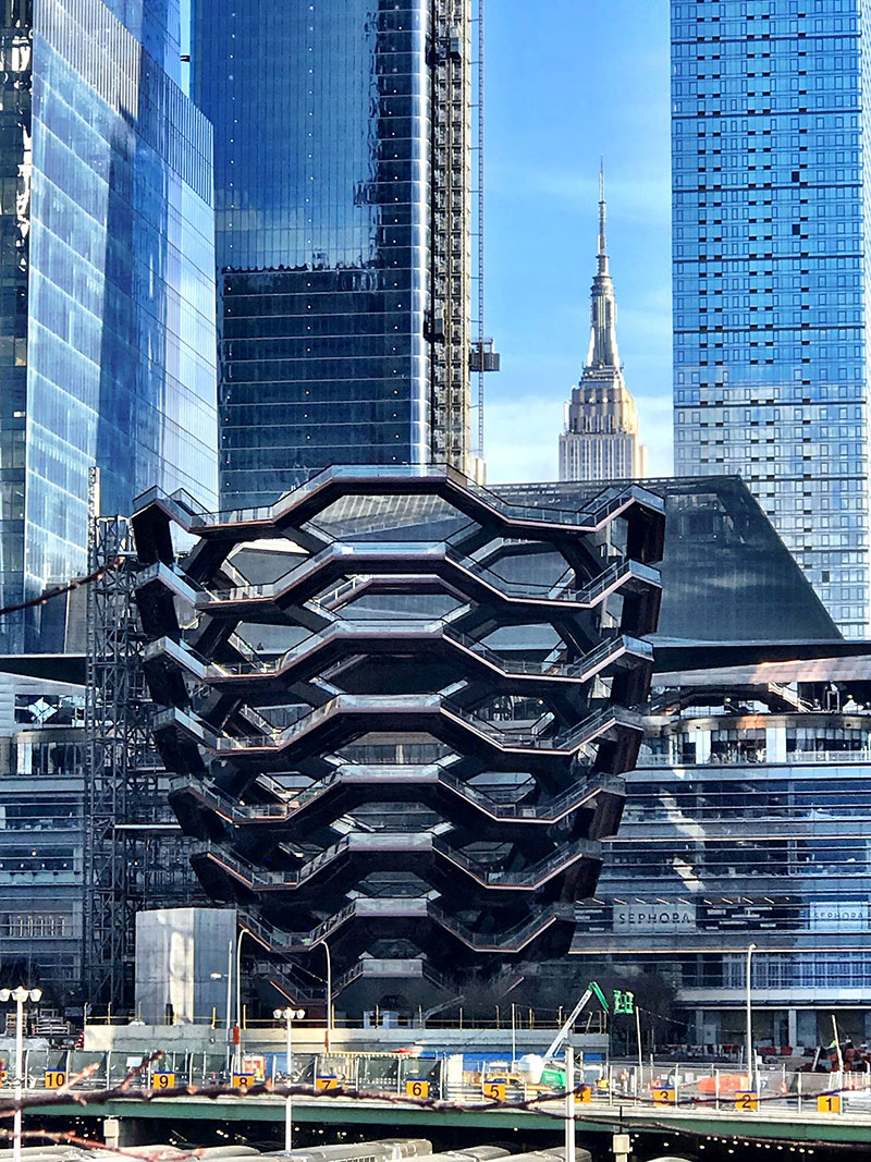 endless staircase in new york hudson yards vessel heatherwick 5 New Yorks Touristy New Public Space is a Giant Endless Staircase