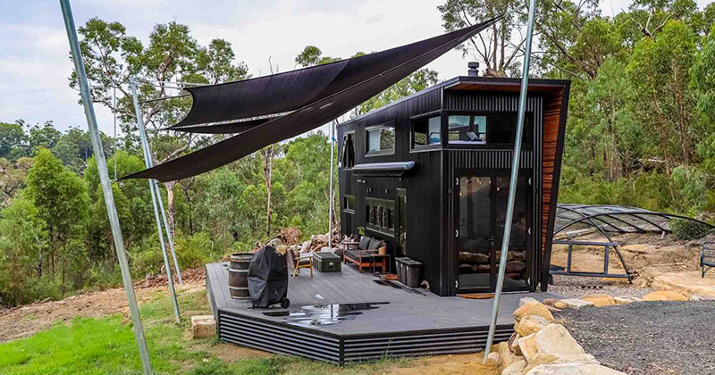 This Ultra Modern, Luxury Tiny House is Pretty Impressive