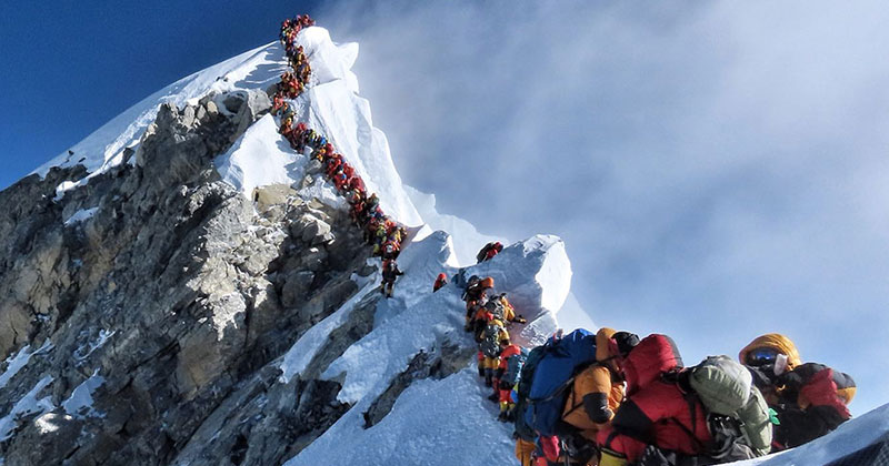 This Photo from the Summit of Everest is Insane