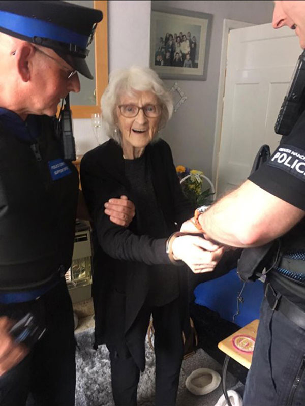 93 year old granny josiee28099s dying wish to be arrested just once gets granted 1 93 Year Old Granny Josie's Dying Wish to Be Arrested Just Once Gets Granted