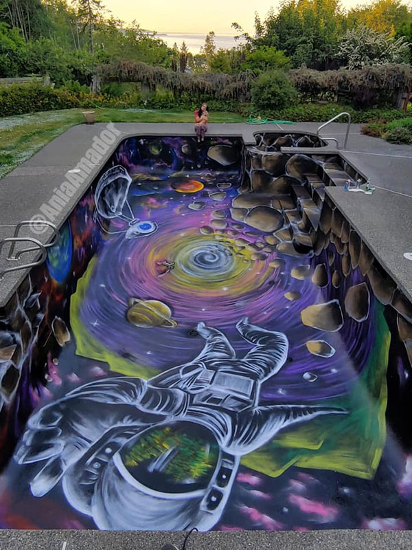 painted swimming pool by ania amador 2 Ania Amador Just Painted the Coolest Looking Swimming Pool Ever