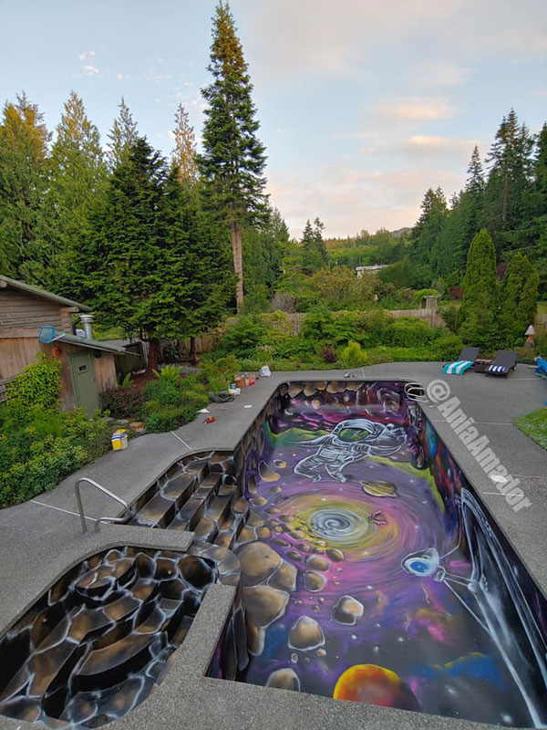 painted swimming pool by ania amador 4 Ania Amador Just Painted the Coolest Looking Swimming Pool Ever