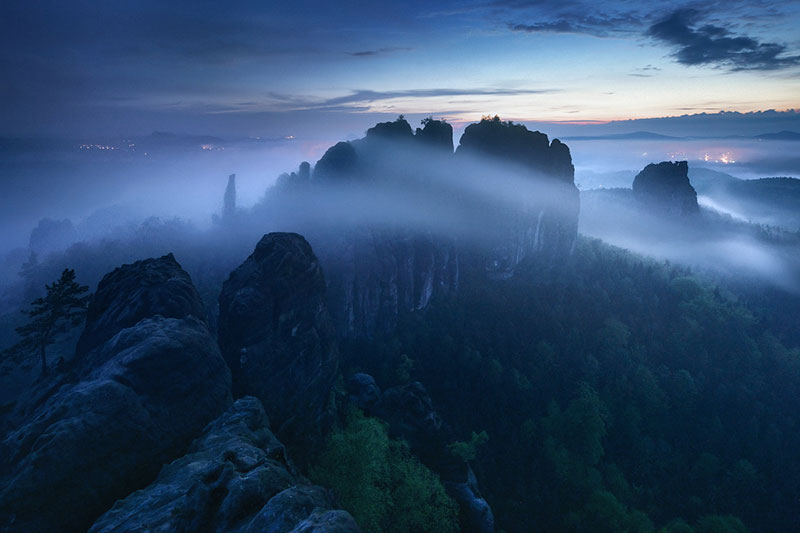 the blue border by kilian schonberger 8 The Blue Hour by Kilian Schoenberger (12 Photos)