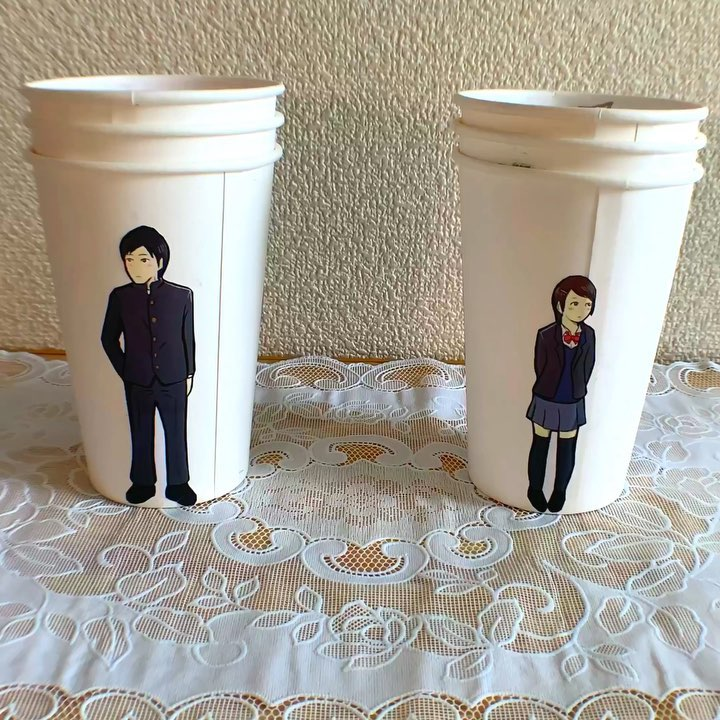 artist finds creative way to use paper cups to tell a love story 10 Artist Finds Creative Way to Use Paper Cups To Tell a Love Story