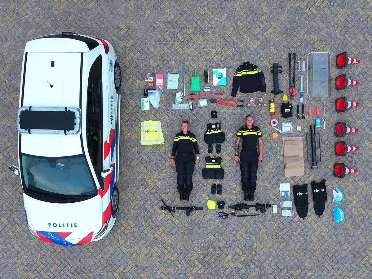 contents of a dutch police vehicle The Contents of a Dutch Police Car