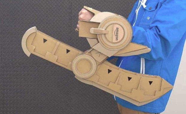 guy makes toy weapons from old amazon boxes 3 Guy Makes Oversized Novelty Weapons from Old Amazon Boxes