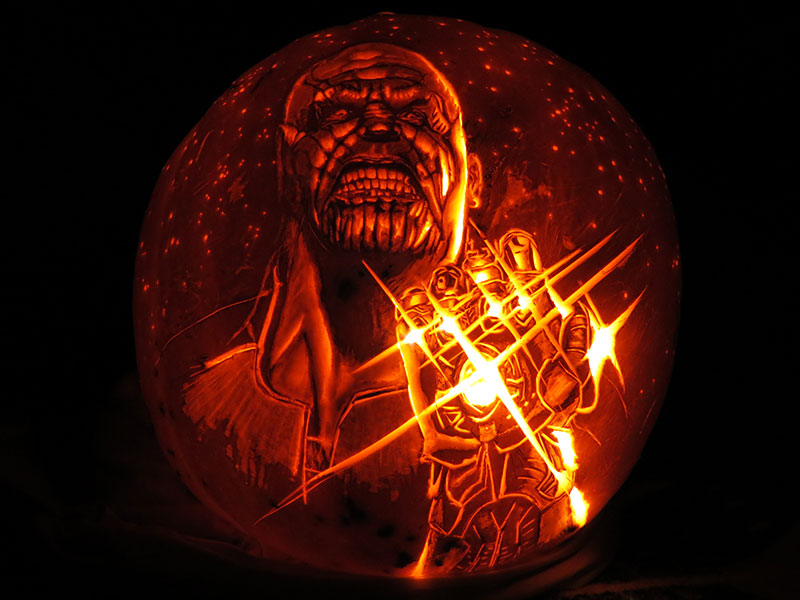 tony stark snap avengers infinity gauntlet pumpkin 3 This Guy Snapped on His Pumpkin Carving This Year