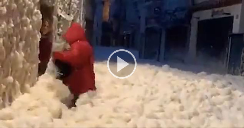 Surreal Video Captures Spanish Resort Town Covered in Sea Foam