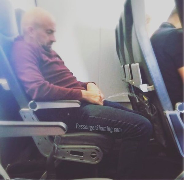 21 people that will absolutely ruin your flight 12 21 People That Will Absolutely Ruin Your Flight