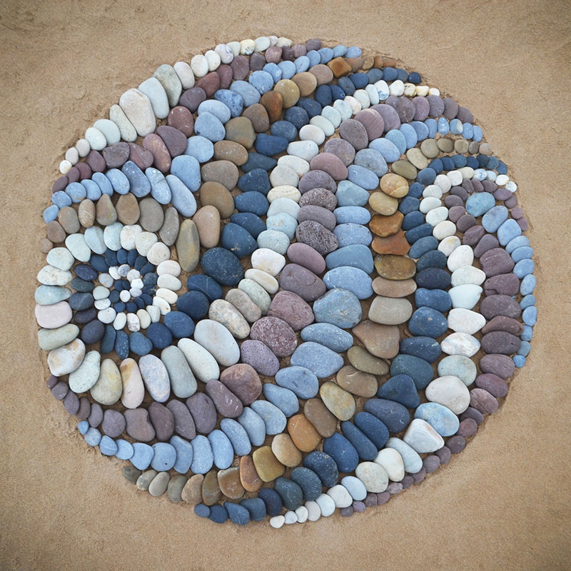 beach stone land art by jon foreman 17 Combing the Beach for Stones and Reorganizing Them Into Something Beautiful