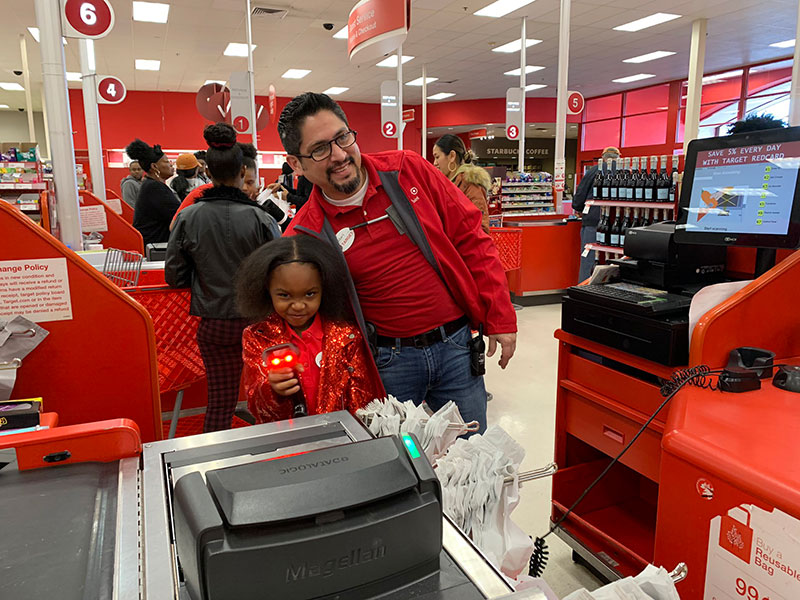 little girl has birthday party at target twitter 3 All She Wanted Was a Birthday Party at Target and This Store Made It Happen