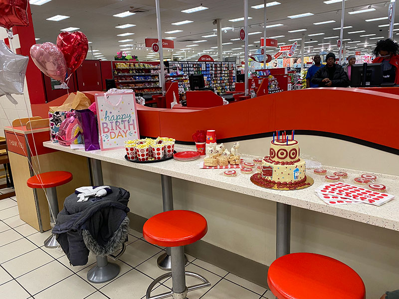 little girl has birthday party at target twitter 6 All She Wanted Was a Birthday Party at Target and This Store Made It Happen