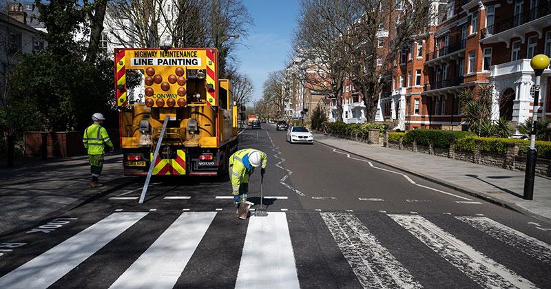 Lockdown in London Lets Abbey Road Get a Fresh Coat ofPaint