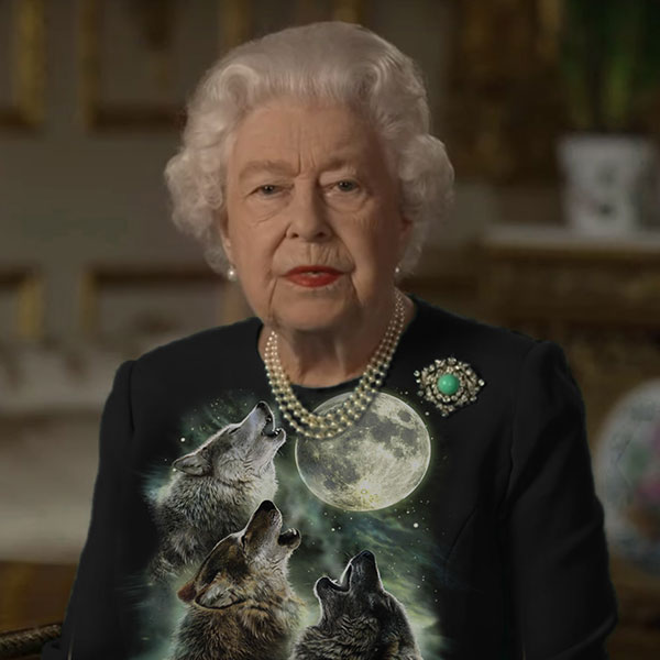 green screen queen photoshop green top 25 The Queen Wore Another Green Screen Outfit and the Internet Rejoiced