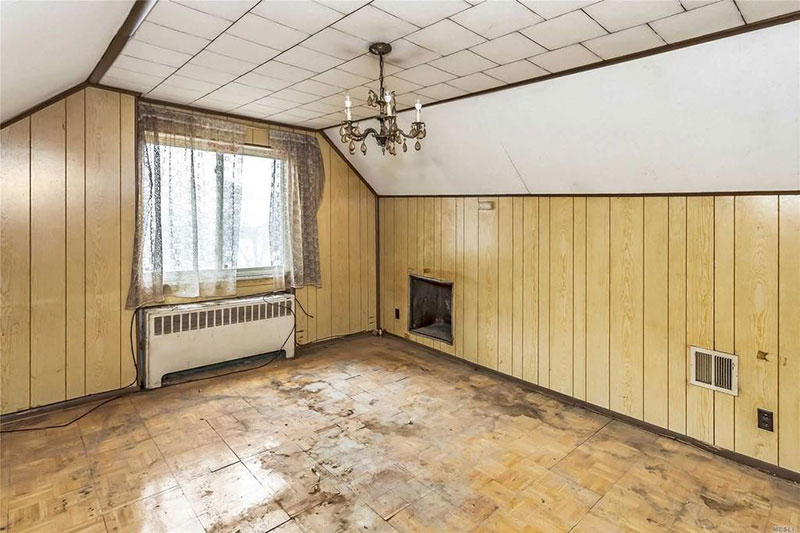 800k dump in flushing queens for sale 8 This is Currently Listed for $828K in Queens, NY Right Now