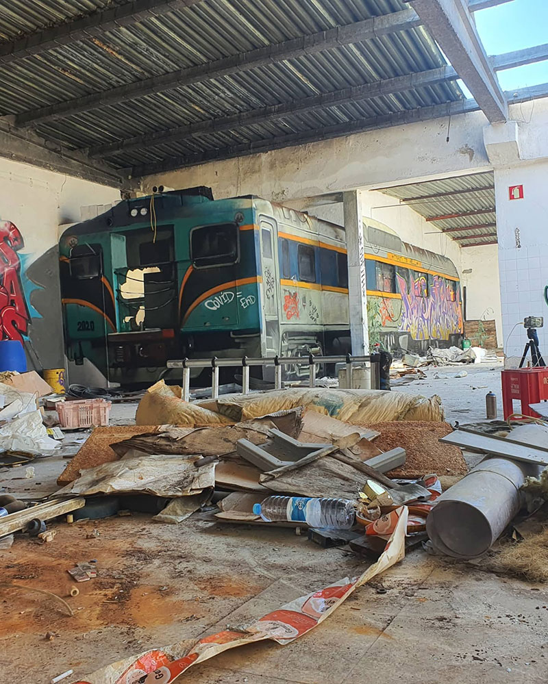 3d street art train by odeith 3 A Little Paint Can Turn This Into That