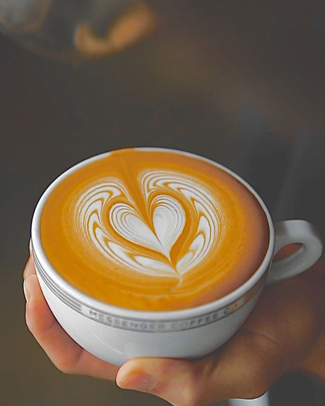 free pour pegasus latte art 3 This Free Pour Pegasus Latte Art is Soothing to Watch