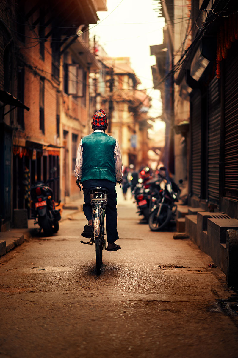 kathmandu street photography by ashraful arefin 13 The Lighting in this Kathmandu Street Photography Series is Beautiful