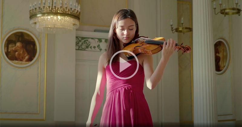19 Year Old Virtuoso Plays Niccolo Paganini's Caprice no.5