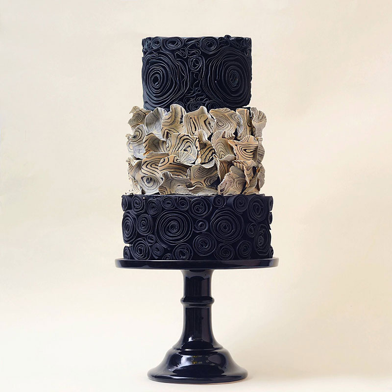 art cakes by tortik annushka 2 This Design Studio Makes Works of Art that Just So Happen to be Cakes