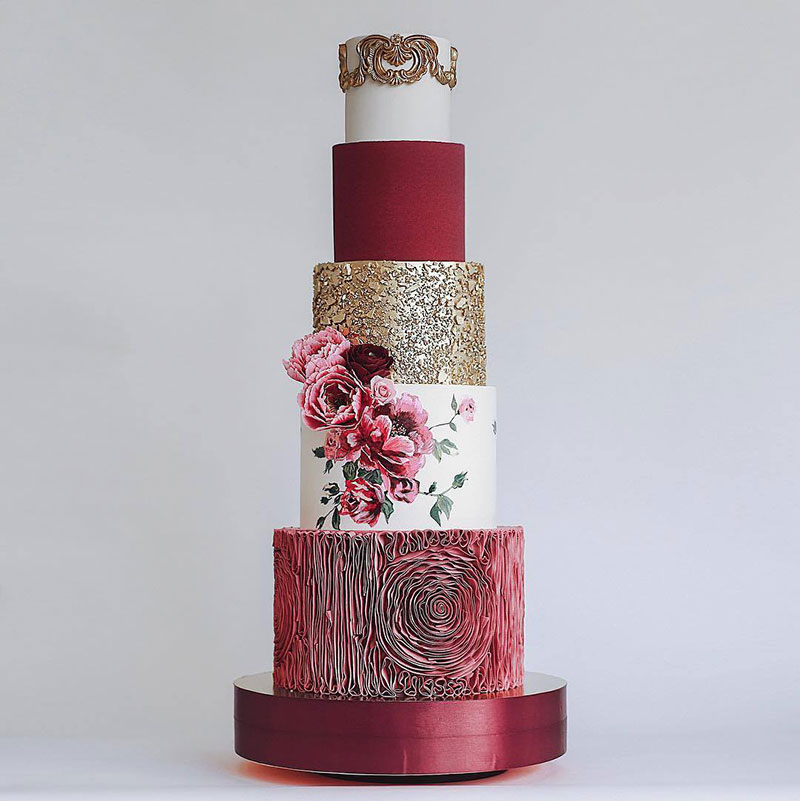 art cakes by tortik annushka 21 This Design Studio Makes Works of Art that Just So Happen to be Cakes
