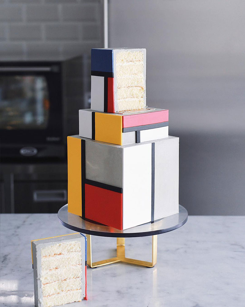 art cakes by tortik annushka 23 This Design Studio Makes Works of Art that Just So Happen to be Cakes