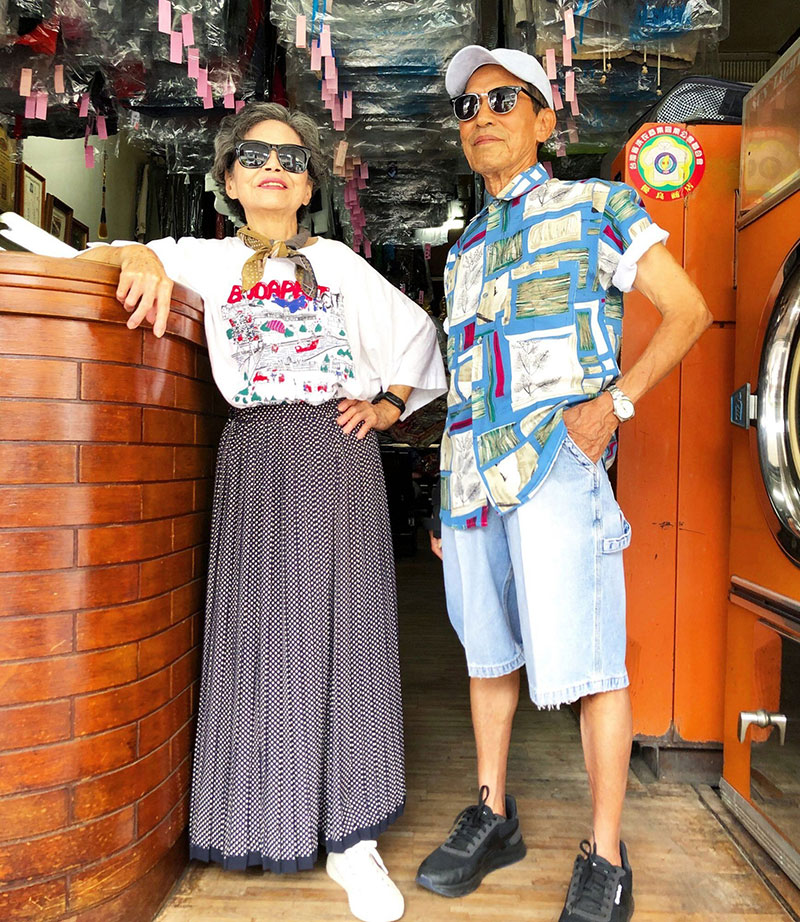 elderly couple model clothes left at their laundromat 7 Married For 60 Years, This Couple Finds Fun Modelling Clothes Left at Their Laundromat