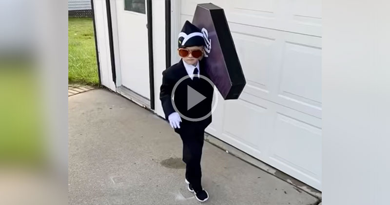 This Kid's Halloween Costume is Definitely Going to Be Hilarious to Some and Offensive toOthers